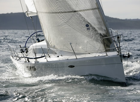 Photo Gallery: Sydney Sydney 39 Cruiser Racer by Sydney Yachts